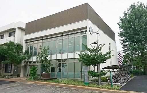 東京都商工会連合会の建物-513px-326px
